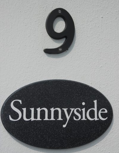 Sunnyside cottage - the door number